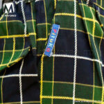 Pantalon-Boxer-Escolar-Escoces-Azul-Marino-con-Verde-Lineas-Amarillas-y-Blancas-C